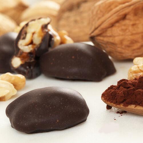 Noix enrobée de chocolat - Le Bonbon Français